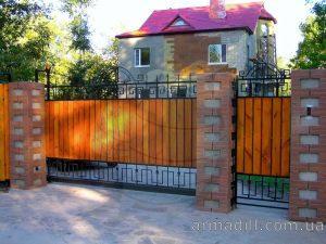 Кованные ворота в Киеве
