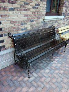 Кованные лавочки и скамейки в Киеве