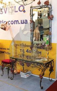 Кованные зеркала в Киеве